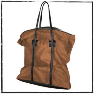 Catherine Loiret, Des sacs en cuir, raffinés, dissimulent des trésors de détails, de flexibilité et de jeux free size Catherine Loiret