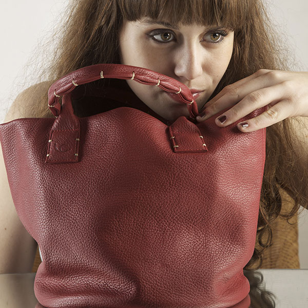 simplissime rouge Catherine Loiret