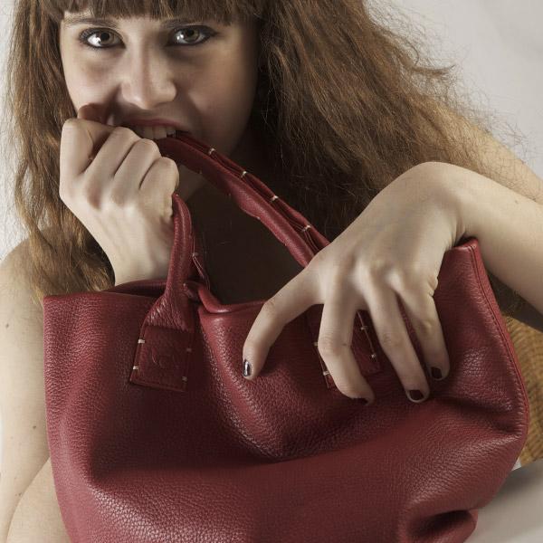 sac simplissime rouge Catherine Loiret